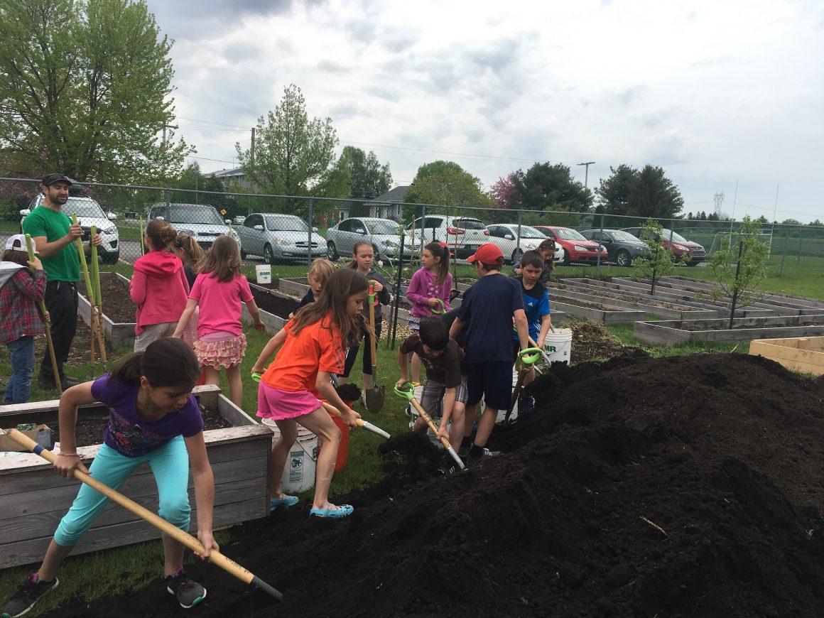 Jardiner ensemble pour mieux apprendre